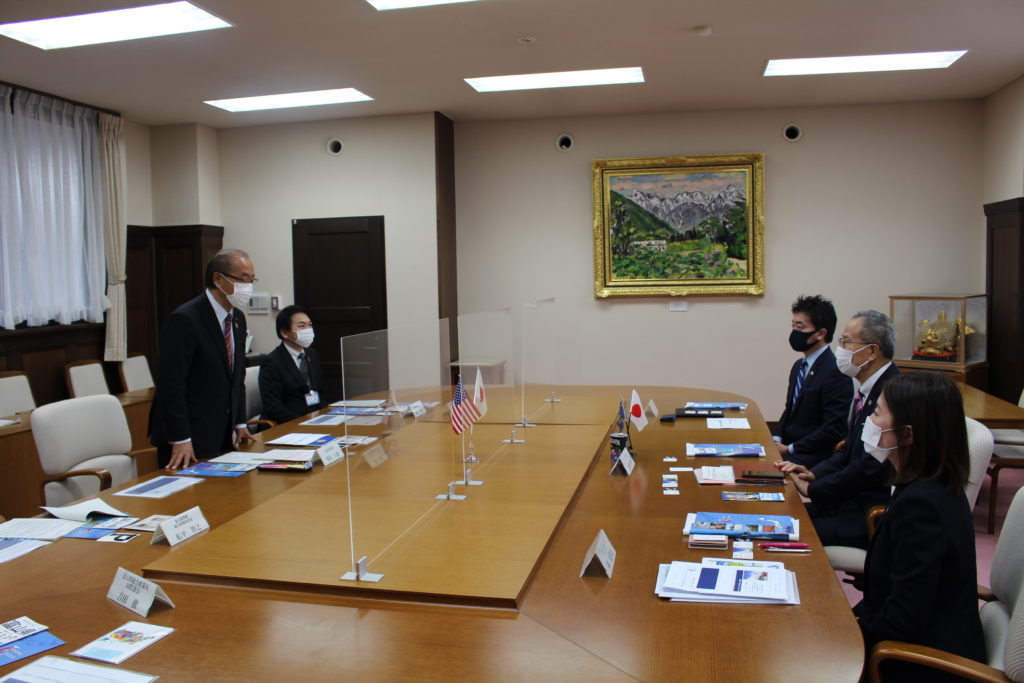 CEO Shotaro Tomita Introduces Oregon Representative to New Toyama Governor